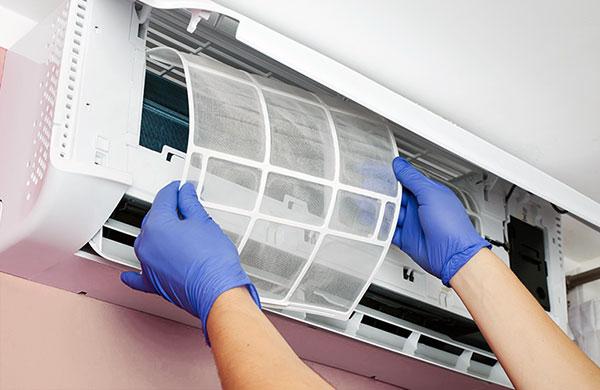 Hướng dẫn vệ sinh điều hòa tại nhà đúng cách