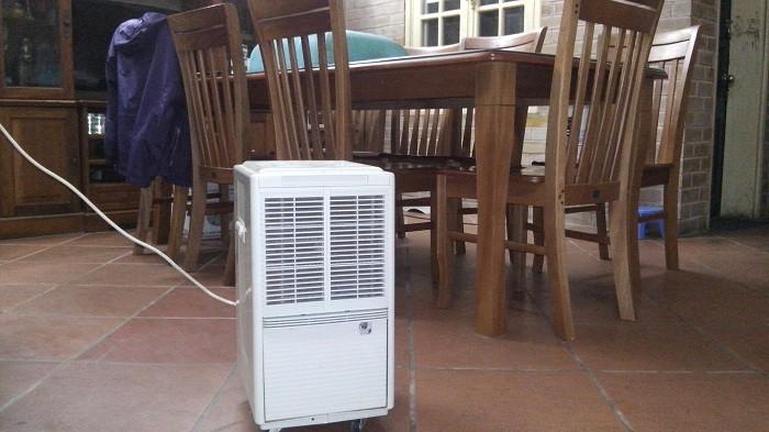 Có nên sử dụng máy hút ẩm khi trời nồm?