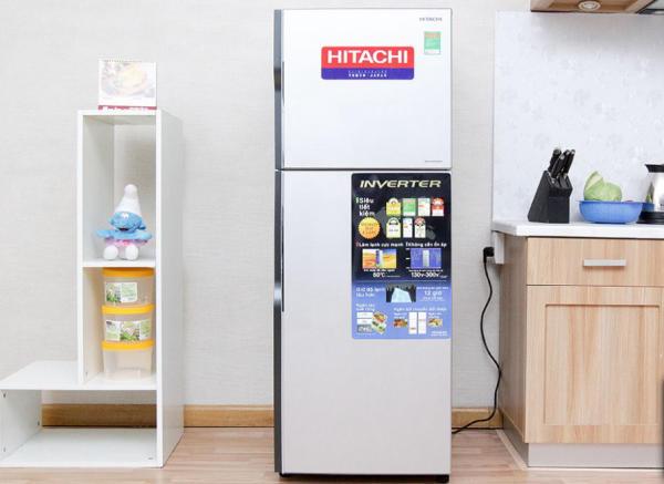 tu-lanh-Hitachi R-H200PGV4