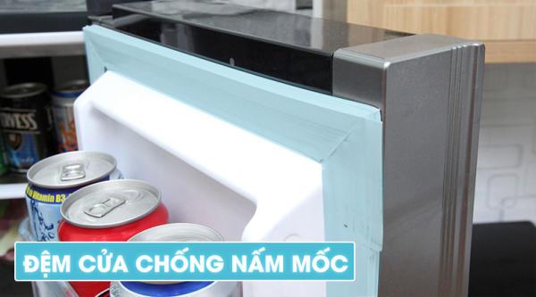 dem-cua-chong-nam-moc